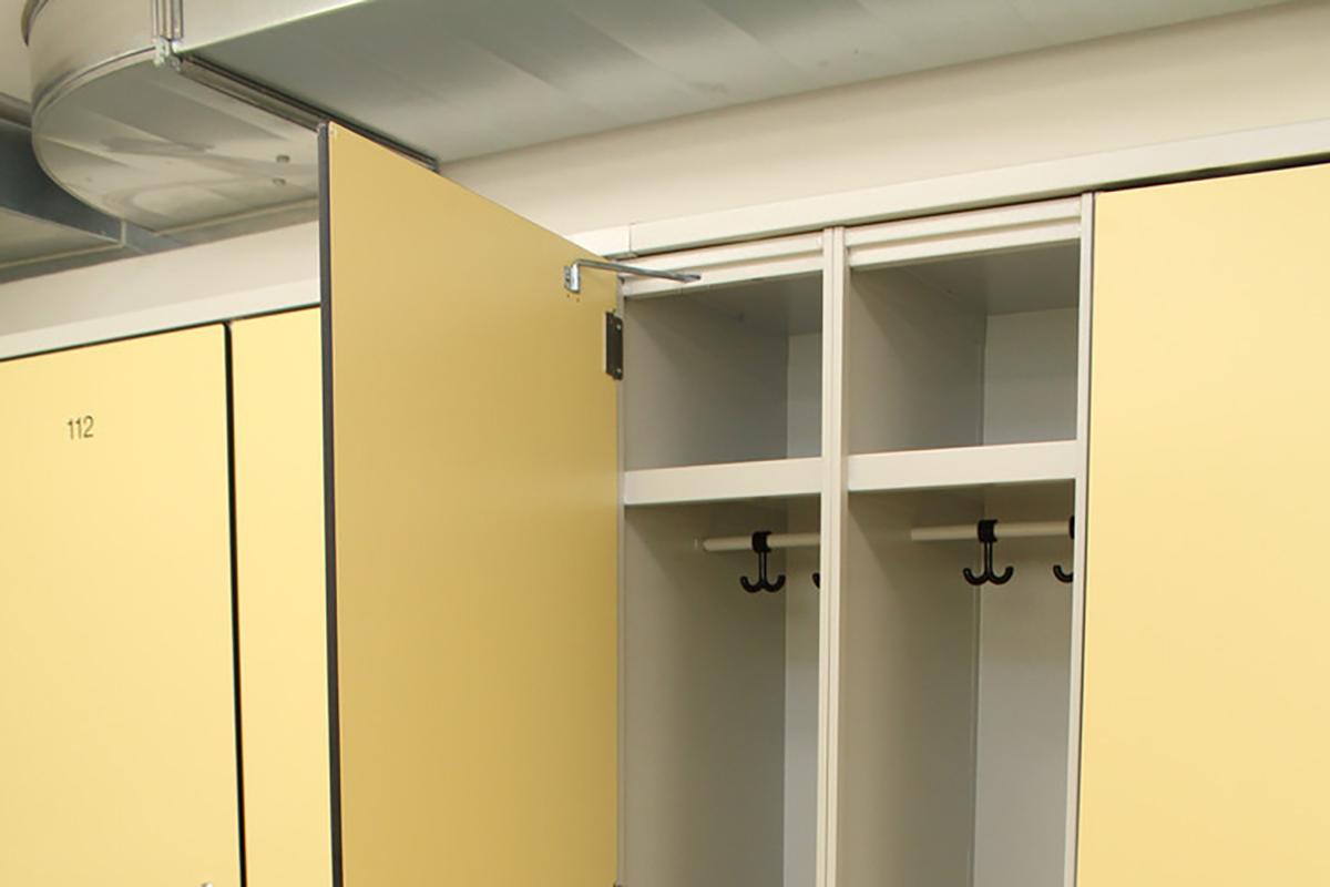Garderobenschrank System von Arotec aus der Schweiz